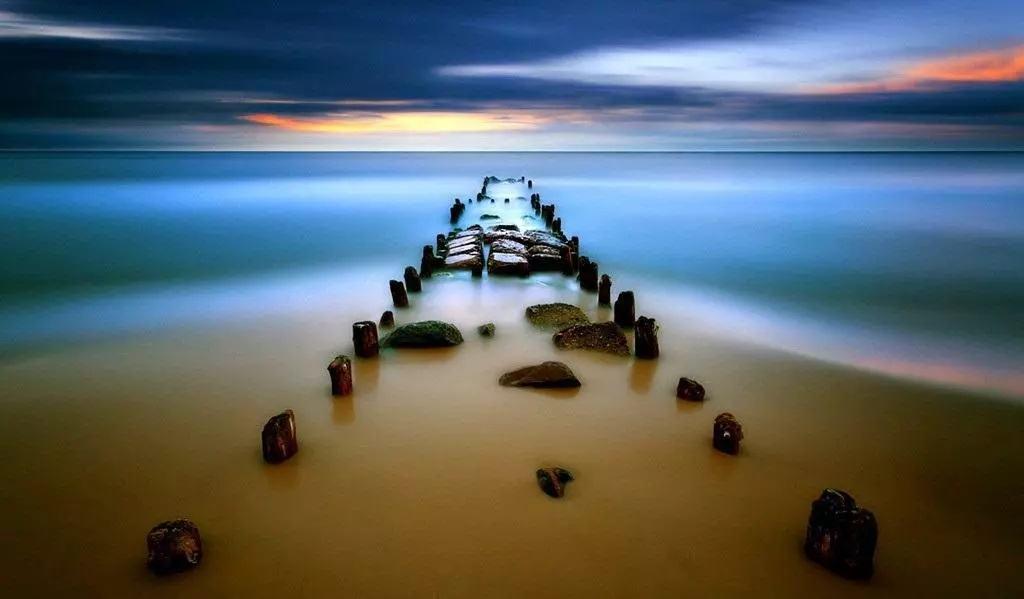 如来心泉,无中生有。生生不息,绵绵无尽。万物之初,众妙之始。——《心泉》